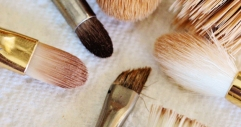 dirty make up brushes